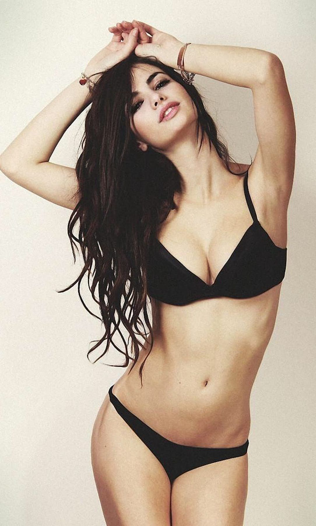 Low Rate Female Call Girl Services in Mumbai